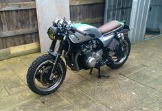 Cafe racer cross