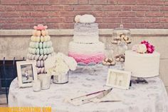 sweet & simple.. loving the macaroon tower!