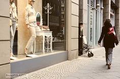 shopping woman in berlin