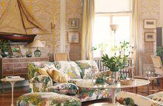 Sofa and stool in Josef Franks textile Anakreon.