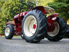 1962 Wheel Horse 702 Wheel horse tractor, Tractors