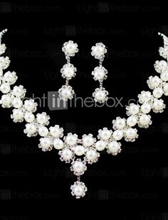 Jewelry Set Women's Wedding / Engagement / Birthday / Gift / Party Jewelry Sets Silver / Imitation Pearl / Alloy RhinestoneNecklaces / 256923 2017 – $5.99