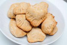 Indiske samosa - Vegetarbloggen Vegetarian Dinners, Vegetarian Recipes, Samosas, Quinoa, Garam Masala, Curry, Cookies, Chili, Desserts