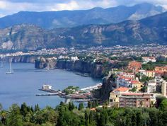 Sorrento: Clifftop resort on the Bay of Naples