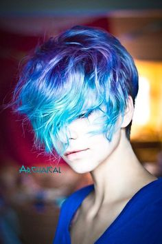 Blue hair cuts by pin by leonard on and sassy hair dyed. Best Blue Hair Dye, Dyed Hair Blue, Dyed Hair Pastel, Hair Color Blue, Hair Colors, Short Dyed Hair, Denim Blue Hair, Pelo Multicolor, Dyed Hair