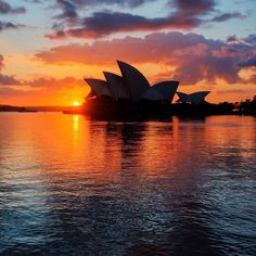 There's definitely #nofilter needed for #sunrise over the @sydneyoperahouse! This stunning shot by @styledtravel captures the beauty of one of Australia's most famous landmarks - which attracts an audience of around 2 million people each year for its performances.