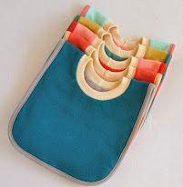 Free Pattern | Reversible Pullover Bib