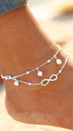 Stylish Jewelry, Jewelry Accessories, Fashion Accessories, Fine Jewelry, Fashion Jewelry, Women Jewelry, Jewelry Making, Silver Anklets Designs, Anklet Designs