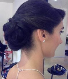 Hairstyle aparte! Eleganta si rafinata este aceasta tanara mireasa! http://www.gaalhairplay.ro/portofoliu.html