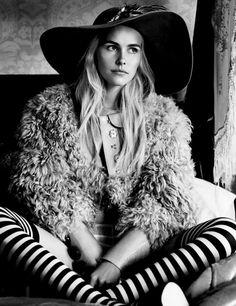 ➳➳➳☮American Hippie Bohemian Boho Bohéme Feathers Gypsy Spirit Style- b&w
