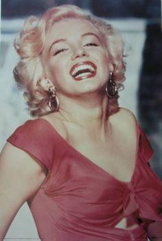 Marilyn Monroe | Celebrities | Hardboards | Wall Decor | Plaquemount | Blockmount | Art | Pictures Frames and More | Winnipeg | MB | Canada