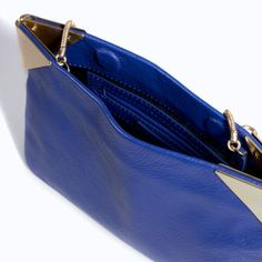Imagen 4 de SOBRE ESQUINAS METAL de Zara Zara Official Website, Zara Bags, Rebecca Minkoff, Handbags, Metal, Clutches, Women, Image, Fashion