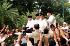 Menyemut Mendukung Prabowo - Hatta