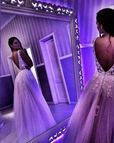 Rochie de mireasa stil A-line, cu spate gol si trena Ball Gowns, Relationship, Formal Dresses, Fashion, Ball Gown Dresses, Dresses For Formal, Moda, Clearance Prom Dresses, Ball Dresses