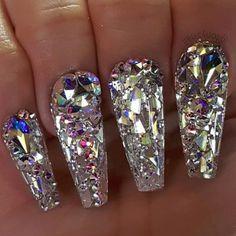 Acrylic Powder by Tony Ly (Nude Sparkle) Nail Art nail art by tony Sparkle Nails, Bling Nails, Stiletto Nails, Glitter Nails, My Nails, Bling Nail Art, Metallic Nails, Diamond Nail Designs, Diamond Nail Art