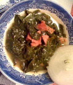 Sweet Tea and Cornbread: Collard Greens and Ham Hocks! - http://sweetteaandcornbread.blogspot.com/2012/07/collard-greens.html
