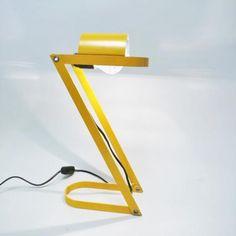 Yellow desk lamp Z, italian work of the late 1970s