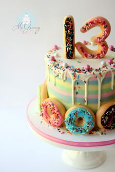 buttercream stripes cakes and doughnuts How to make a striped, drippy, doughnut cake! 13 Birthday Cake, Donut Birthday Parties, Birthday Cake Girls Teenager, Birthday Ideas, Cupcakes, Cupcake Cakes, Drippy Cakes, Striped Cake, Doughnut Cake