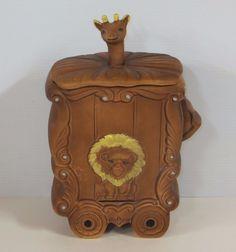 VINTAGE Circus Wagon Cookie Jar made in USA by Sierra Vista