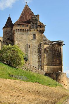 Tour de la porterie du château de Biron - Dordogne
