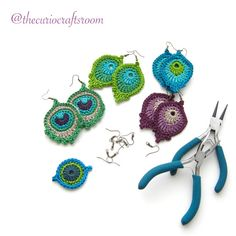 Crochet Earrings Small Peacock Feather by TheCurioCraftsRoom