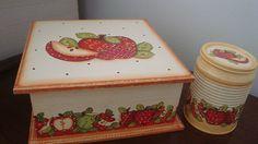 caixa de chá com latinha em decoupage by FLOR DE ALGODÃO por ANDRESSA RIVABEM SCHMIDT, via Flickr