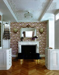 Gorgeous accent wall and decorated ceiling found in @ElleDecor!