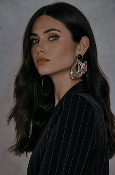 Aesthetic Hair, Book Aesthetic, Character Aesthetic, Aesthetic Pictures, Girl Face, Woman Face, Portrait Photography, Fashion Photography, Female Character Inspiration