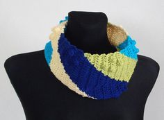 Whirl cowl crochet pattern for sale from Linda Skuja