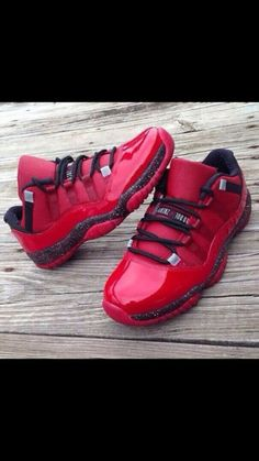 2014 cheap nike shoes for sale info collection off big discount.New nike roshe run,lebron james shoes,authentic jordans and nike foamposites 2014 online. Nike Free Shoes, Nike Shoes Outlet, Baskets, Cheap Shoes, Custom Shoes, Jordan Shoes, Jordan Swag, Shoe Collection, Swagg