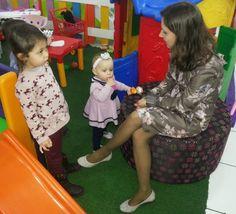 FEMINA - Modéstia e elegância (por Aline Rocha Taddei Brodbeck): Meu vestido floral em um aniversário infantil sábado passado