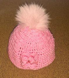 Ροζ χειροποίητο πλεχτό μάλλινο σκουφάκι με  πραγματικό γούνινο ροζ πομ πομ / Pink handmade knitted woolen hat with real fur pink pom pom