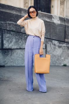 Love the colors. On the street at Paris Fashion Week. Ss2018. Photo: Moeez Ali Street style, street fashion, best street style, OOTD, OOTD Inspo, street style stalking, outfit ideas, what to wear now, Fashion Bloggers, Style, Seasonal Style, Outfit Inspiration, Trends, Looks, Outfits.