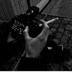 Gray Aesthetic, Black Aesthetic Wallpaper, Night Aesthetic, Black And White Aesthetic, Aesthetic Grunge, Aesthetic Wallpapers, Travel Aesthetic, Grunge Photography, Dark Photography