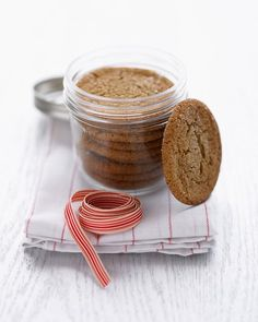 Chewy Molasses-Spice Cookies - Recipe + A creative way to package cookies.