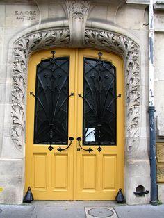 Art Nouveau door, Immeuble France-Lanord (1904), Nancy, France