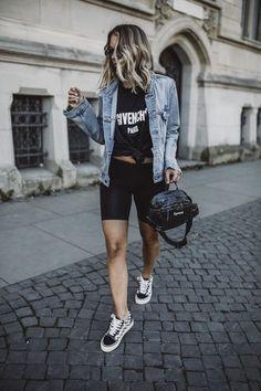 Biker Shorts - Kim Kardashian& hit piece can conquer you YES! Biker Shorts - A peça hit de Kim Kardashian pode te conquistar SIM! Biker Shorts - Kim Kardashian& hit piece can conquer you YES! Summer Shorts Outfits, Short Outfits, Trendy Outfits, Cute Outfits, Fashion Outfits, Black Shorts Outfit, Outfit Summer, Denim Shorts, Kim Kardashian