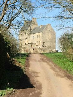 Outlander Lallybroch. fictional house scotland