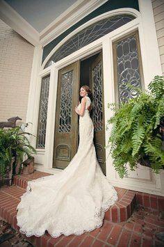 Lioness wedding dress lioness wedding dress on tradesy weddings j1399 bernadette wedding dress recycled bridemaggie junglespirit Gallery