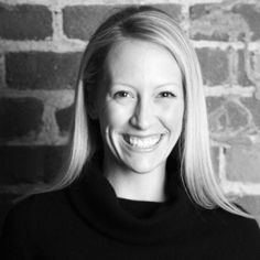 Julia Hartz - Julia is the President and Co-Founder of #EventBrite, a which allows anybody to become an event organizer and is a reference in the sector.