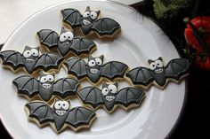 bootiful-haloween-cupcakes-31013101.jpg (500×333)