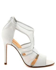 fb9446d409b3a5 11 images formidables de wedding shoes   Bridal shoe, Bride shoes ...