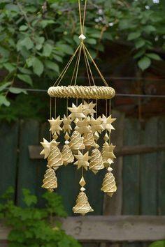 98a0dde84c39c7a856201391010b931b Weaving Loom Diy, Straw Weaving, Bamboo Weaving, Paper Weaving, Weaving Art, Basket Weaving, Vive Le Vent, Corn Dolly, Hawaiian Crafts