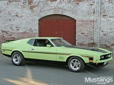 71 Mustang Mach 1 Wallpaper and Background Image Mustang Mach 1, Ford Mustang Shelby Gt500, 1971 Ford Mustang, Mustang Cars, Ford Torino, Classic Mustang, Ford Classic Cars, Ford Mustangs, Ford Thunderbird