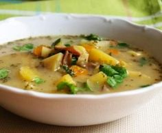 Recipe Babiččina bramboračka by Reine, learn to make this recipe easily in your kitchen machine and discover other Thermomix recipes in Polévky. Slovak Recipes, Czech Recipes, Soup Recipes, Recipies, Kitchen Machine, Cheeseburger Chowder, Zucchini, Food And Drink, Menu