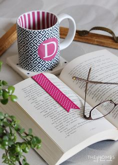 Whip up these easy magnetic bookmarks for every student & book-lover you know! @NameBubbles