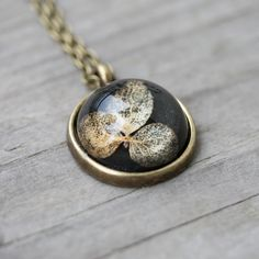 Dark and elegant flower pendant