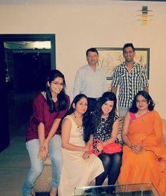 Mahendra Singh Dhoni With his Family Rare Photos