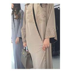 The beauty of everything lies in the simplest of details  #Modesty #modest #modestfashion #fashion #abaya #haute #hauteelan #luxury  #magazine #mormon #mormonfashion #modestfashion #ksa #saudi #dubai #doha #qatar #jewishfashion #jewish #الرياض  #الظهران #جدة #دبي #الامارات #عمان #قطر #مسقط #عرض  #الدوحة #عرب