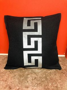 Pillow Covers 18 x 18 Custom Pillows, Decorative Throw Pillows, Decor Pillows, Scatter Cushions, Floor Cushions, Painters Tape Design, Reclaimed Wood Projects, Greek Key, Velvet Pillows